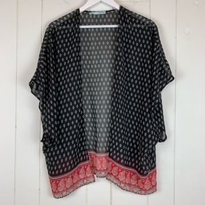Maurices Kimono Large XL Top Floral Pattern